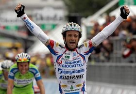 "According to 'Astana' his official racing team veteran Italian cyclist Michele Scarponi has died after being hit by a van while training on his bike. The fatal crash happened on a crossroad near his home in central Italy onSaturday April 22 2017with Team Astana paying tribute to the 37-year-old who won the Giro d'Italia in 2011.   According to reports Scarponi died on the spot and was unable to be revived by emergency services which arrived promptly.    His team statement reads  ""This is a…"