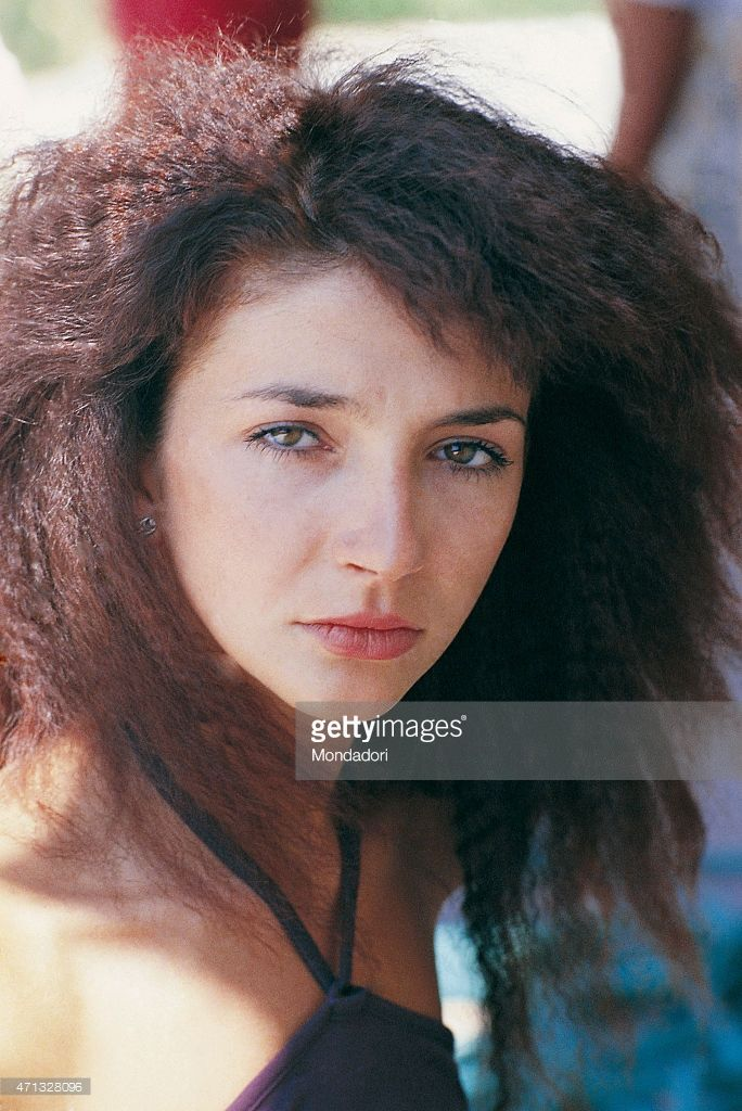 Close up of the British singer Kate Bush, pose for a photo shoot. Italy 1978