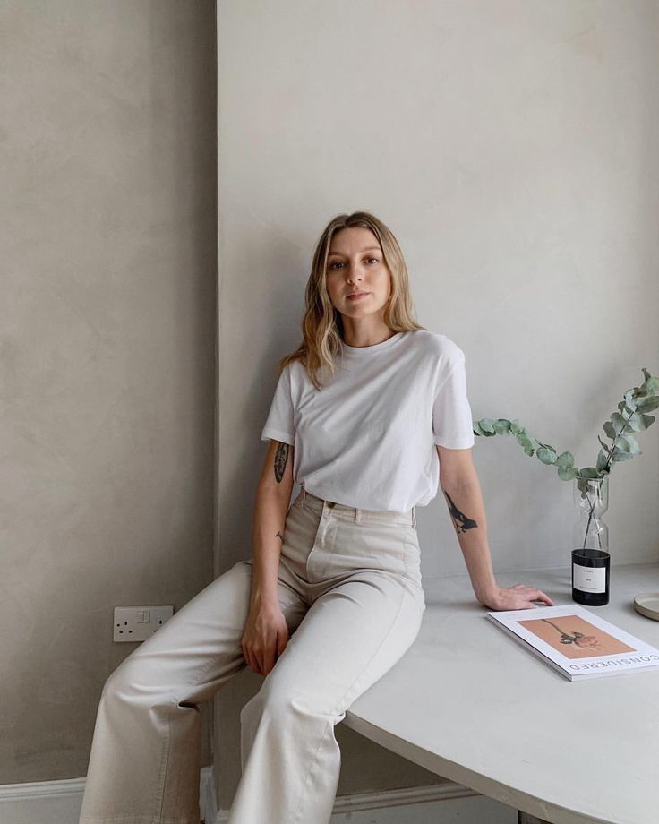 [ad] Matching my trousers to the walls. Everlane h…