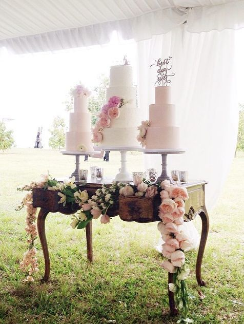 featured wedding cake: Earth and Sugar