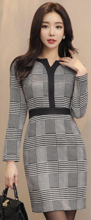 StyleOnme_Houndstooth Print Slim Fit Dress #elegant #blackandwhite #dress #koreanfashion #kstyle #kfashion #officelook #wintertrend #seoul