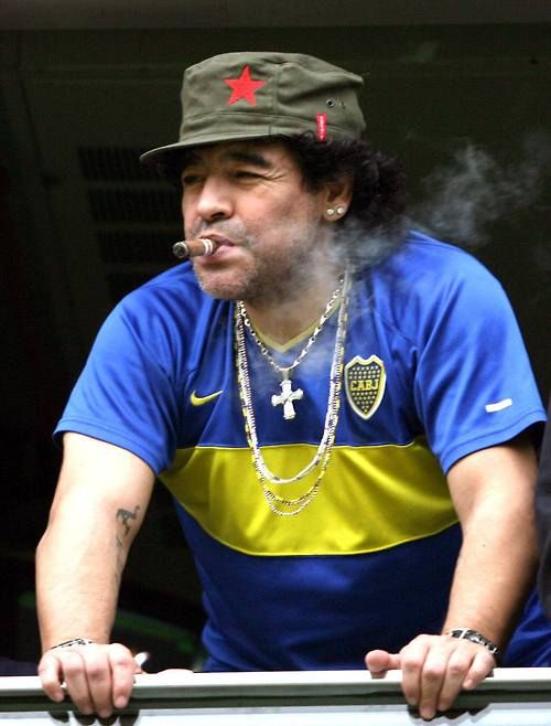 """via Panenka: """"53 años ya, felicidades Diego!"""" Via Wikipedia:  Diego Maradona was born on 30 October 1960, at the Policlínico (Polyclinic) Evita Hospital inLanús, Buenos Aires Province, but raised inVilla Fiorito, ashantytownon the southern outskirts ofBuenos Aires,[15]to a poor family that had moved fromCorrientes Province. He was the first son after three daughters. He has two younger brothers,Hugo (el Turco)andRaúl(Lalo), both of whom were also professional football ..."""