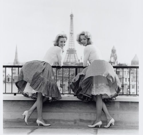 Billowing, coquettish, completely charming French fashions from 1958. #vintage #France #Paris #1950s #models #fashion #skirts #Eiffel: Twin, Photos, Paris, Fashion, Girl, Vintage, Photography