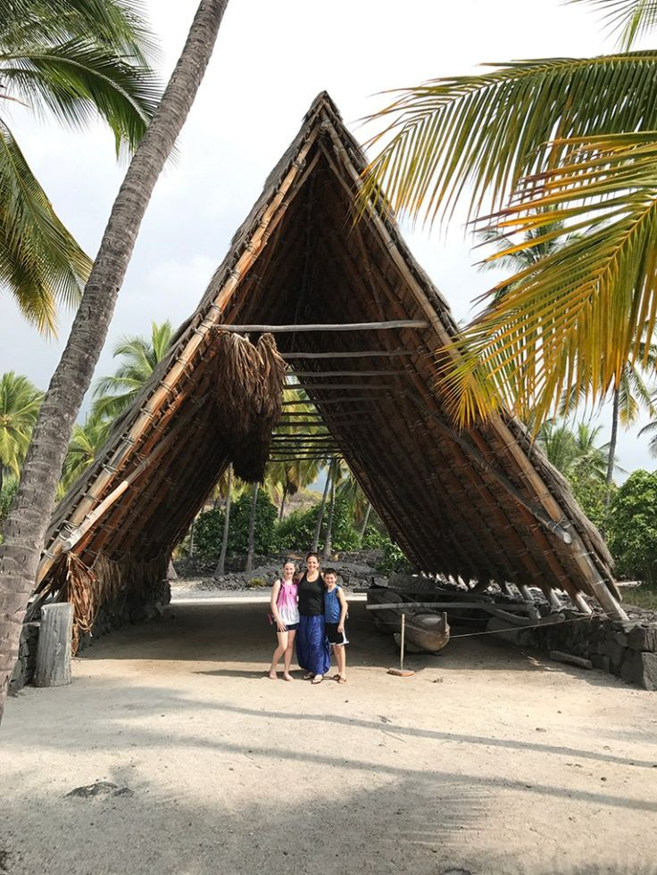 Extending along the lava flats of the Kona Coast, the 420 acre Pu'uhonua o Hōnaunau National Historical Park is home to some of the most significant traditional Hawaiian sites in the Hawaiian archipelago, which reflect over 400 years of Hawaiian history.