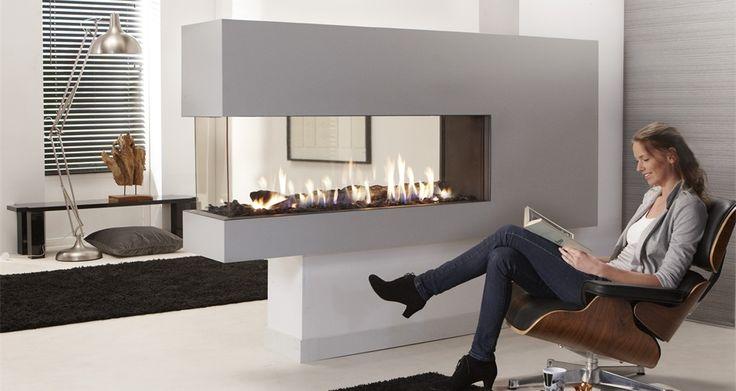 peninsula fireplace ^^