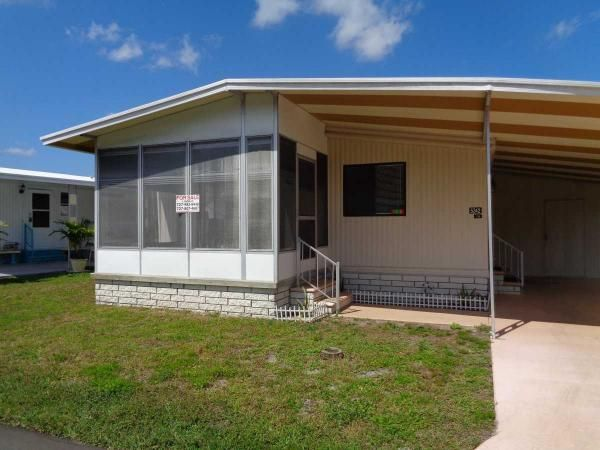 Front 1979 Sher Mobile Manufactured Home In New Port Richey Fl