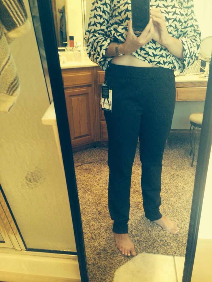 Sept '15: Reagan skinny pant. Cute pattern. Like the stretch. Since these stretch so much I think my normal size would be fine. These are a little big. Might try to exchange.