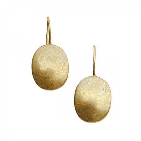 Drop shield earrings. Made in Italy completely of bronze. The piece is nickel free and in total length measures 3cm with the shield measuring 1,8x1,4cm.
