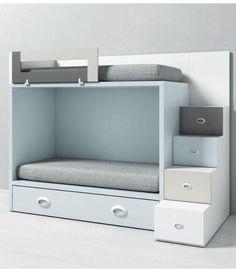 Litera infantil DADO de Tegar Mobel con cama nido y acceso lateral con escalera de cuatro cajones. Tres camas en un único espacio.