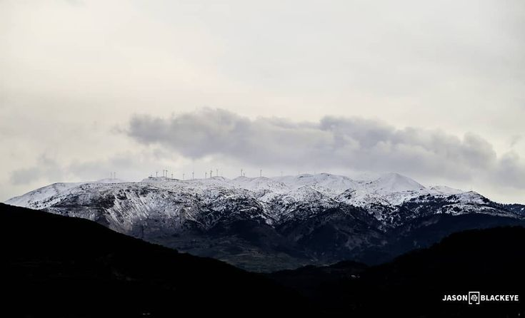 Throwback January '17 best Capture!  Digital Prints in Bio  #landscape #landscape_lovers #explore #travel_greece #traveler #picoftheday #photooftheday #beautifuldestinations #snowing #snowfall #snowmountain #greece #throwback #tb #photography #cloudscape #clouds #jbphotovisuals #naturephotography #planetearth #darkmood #winter #coldoutside #windturbines