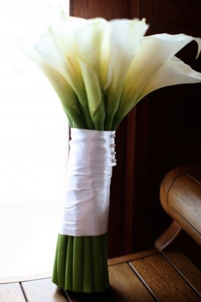 calla lilly bouquet- these are soo pretty! :)