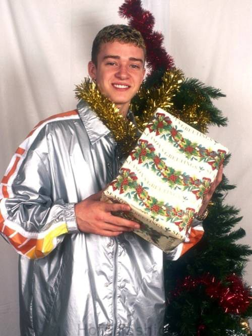 Justin delivers his first dick-in-a-box LOL!Christmas Pictures, Justintimberlake, Families Christmas, Justin Timberlake, Funny Pictures, Funny Christmas, Christmas Decor, Happy Holiday, Christmas Trees