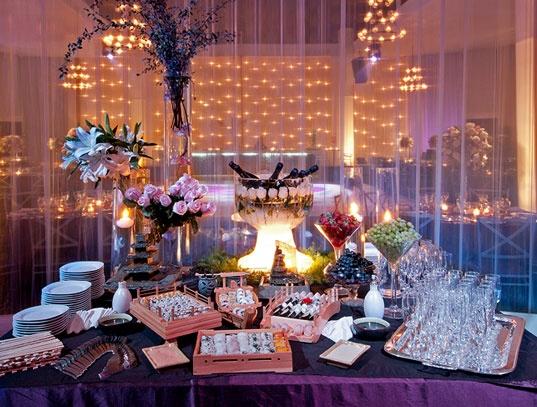Meche Koechlin especialistas en el planeamiento y organización de momentos inolvidables como Matrimonios, Eventos corporativos y Fiestas especiales.