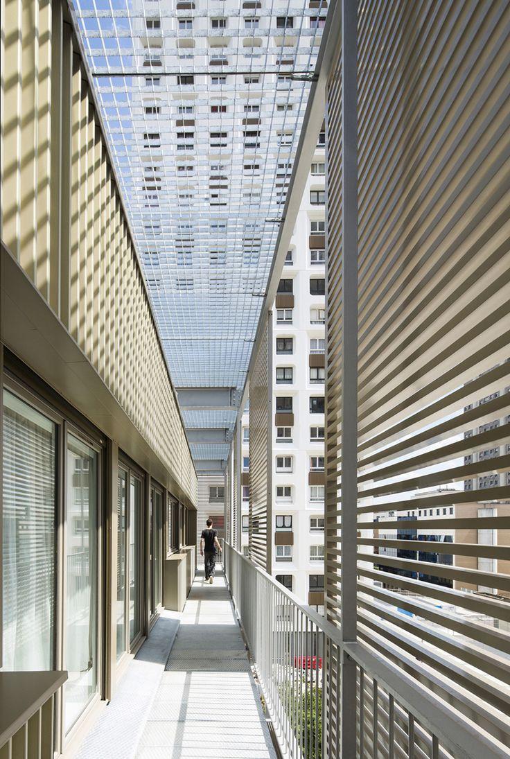 Galer 237 a de casa patio ar arquitetos 22 - Atelier Du Pont Revitalize Social Housing Block In Saint Blaise Paris Designboom