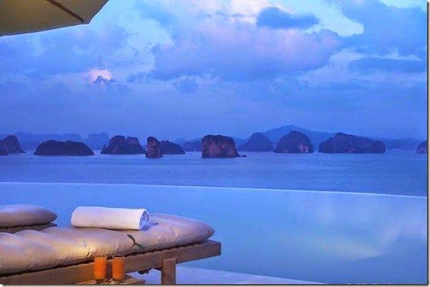 EL Six Senses Boutique Resort en Yao Noi isla tranquila enTailandia.Se ve la colina rodeada de árboles, cerca a las playas de arena blanca con villas de lujo y piscinas con  terrazas privadas para disfrutar de tratamientos de spa privado. Hay habitaciones y piscinas con  vista a  las aguas azul turquesa de la bahía de Phang Nga.