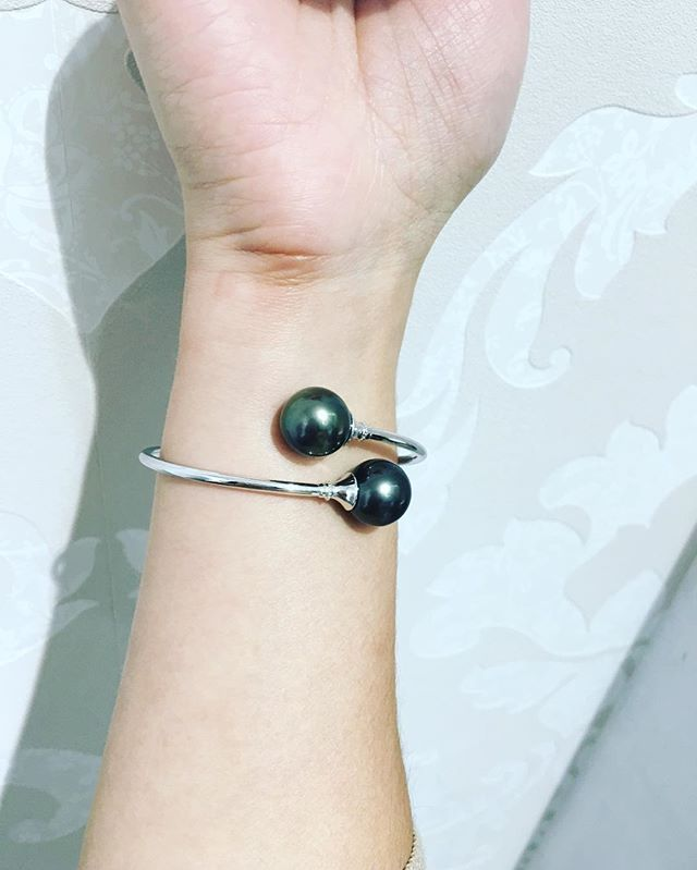 Two Tahitian pearls set on this soft bangle, easy to put on and take off.  Goodnight all. #tahitianpearls #jewelry #jewellery #pearl #pearls #bangles