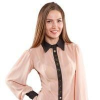 Прозрачная блузка на деловой встрече