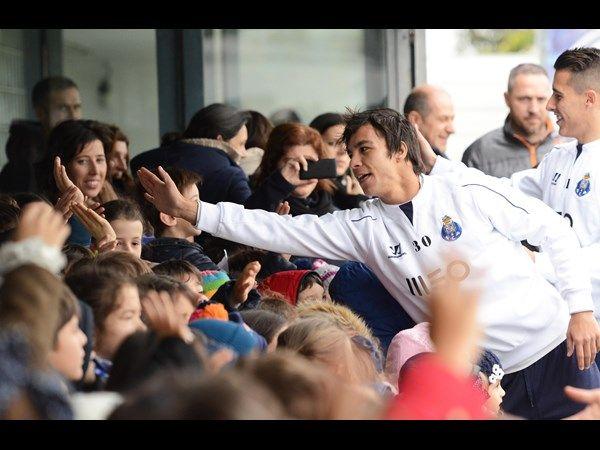 FC Porto Noticias: OUVIRAM-SE AS JANEIRAS ANTES DO TREINO