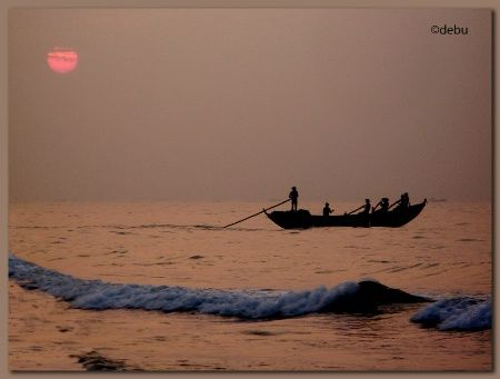 Sunrise at Puri Sea Beach (India)