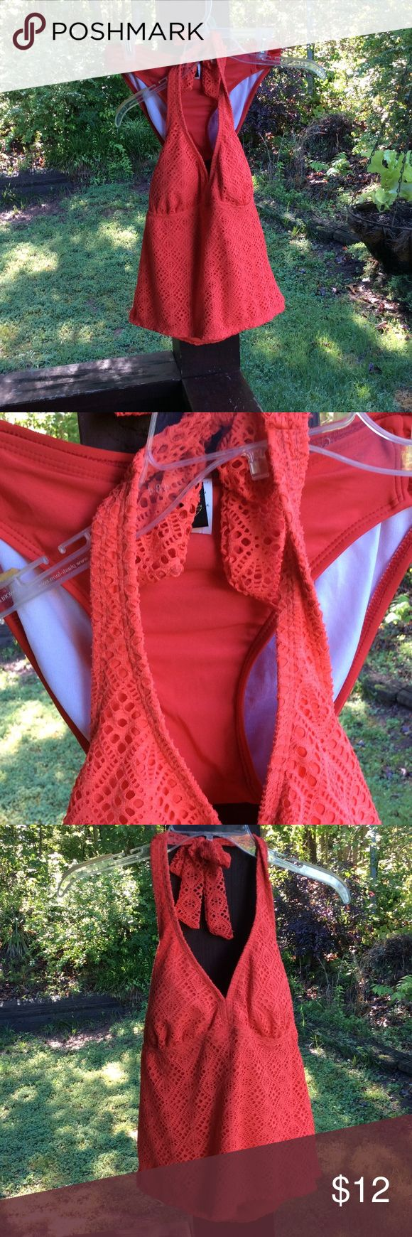 2 piece swim suit A gorgeous orange color! The two pieces have different labels. Top is Catalina. Bottoms are Athena. Nice! Top size: med (8/10) bottoms:10 catailina Swim Bikinis