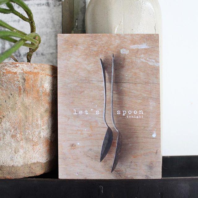 Let's spoon tonight | Rosalie houdt van mooi beeld maken. Een kleine selectie van haar werk hebben we op kaart laten drukken. Om te versturen of als klein kunstwerkje op te hangen. Verschillende A5 postcards te bestellen in de shop! Link in bio. @rnoordam #letsspoontonight #shoponline #homegoodies #artprints #studiotoutdoux