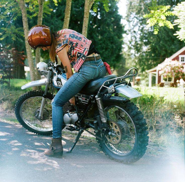 1976 yamaha dt 175 cafe race scrambler street tracker for Yamaha motorcycles for women