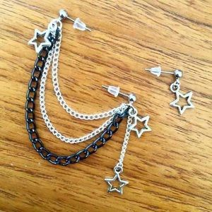 """Brand new ⭐️ FIRM PRICE ❌  Silver plated chain lengths 3 1/2"""" & 3"""" & 2 1/2"""" Surgical steel hypoallergenic studs Handmade ❤️  ❤️❤️❤️❤️❤️❤️❤️❤️❤️❤️❤️❤️  Earrings jewelry cute boho cartilage piercings black chain stars moon"""