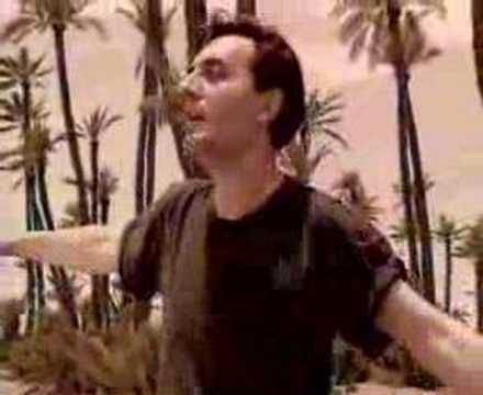"""Video """"Nella mia città"""" di Mango Pino"""