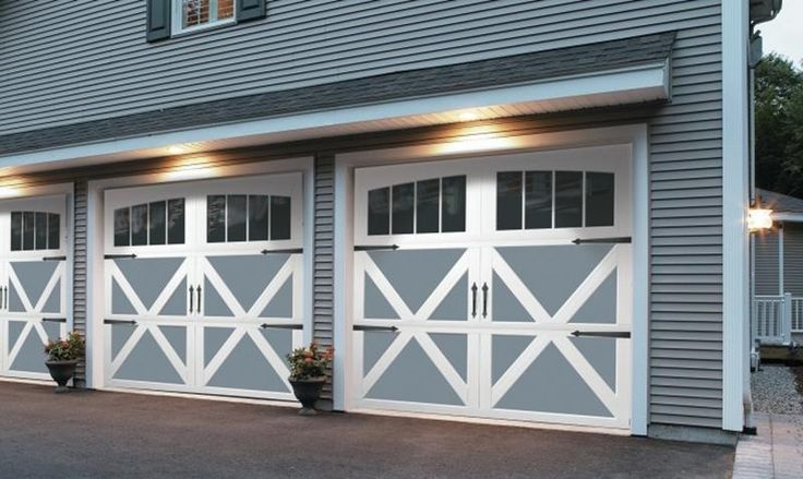 1000 Ideas About Carriage House Garage Doors On Pinterest