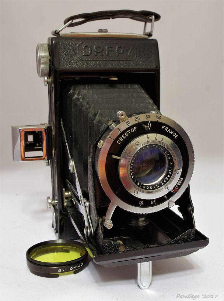 "Pierrat André ""Drepy"" - 120 film, 6x9cm exposures, first version (France 1945) folding camera."