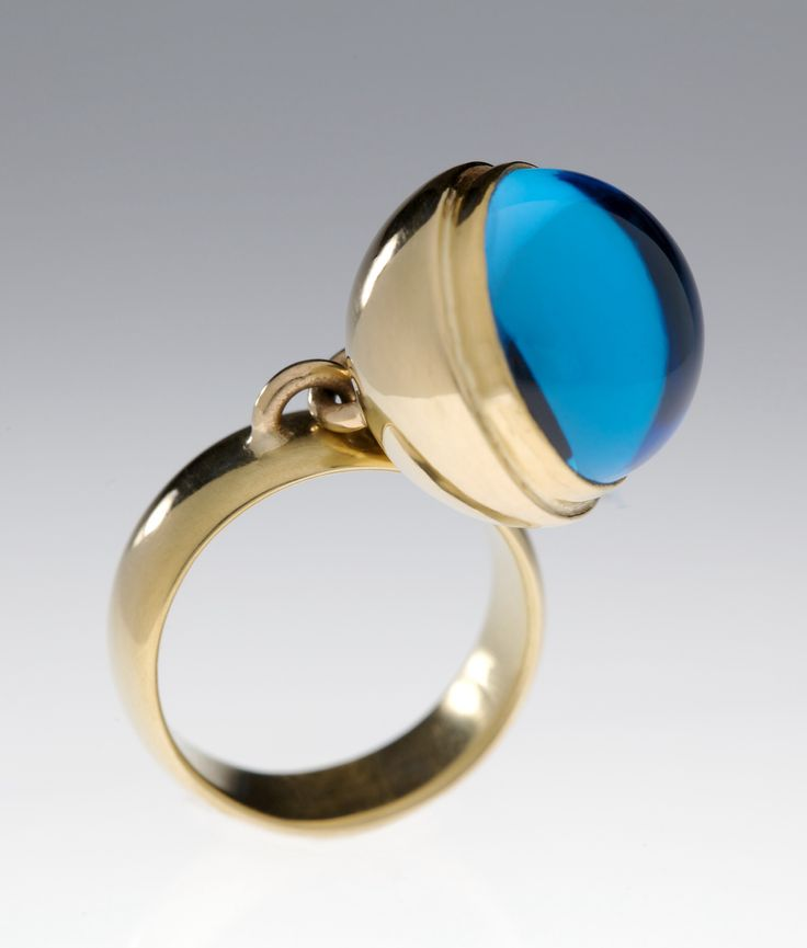 18k, gold, blue topaz, ring, jewelry, 'Cyclop', Elena Thiveou, kinetic jewelry, contemporary jewelry, couture jewelry, fine jewelry, gorgeous ring