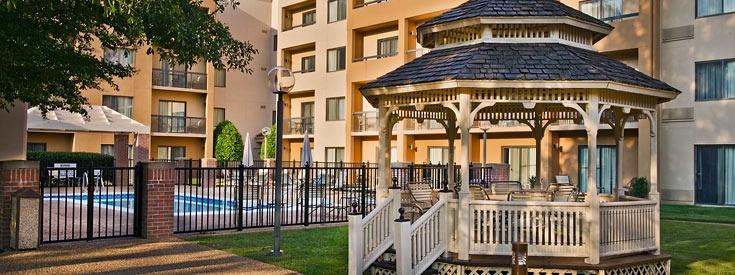 Courtyard Williamsburg Busch Gardens Area 470 McLaws
