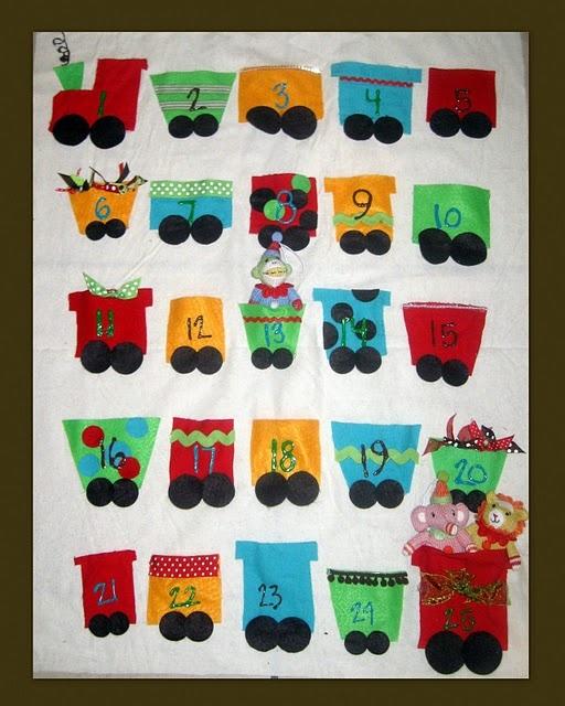 DIY felt train advent calendar: Books Pages, Gifts Ideas, Quiet Books, Holidays Ideas, Advent Calendar, Christmas Training, Advent Felt Calendar, Parties Ideas, Christmas Ideas