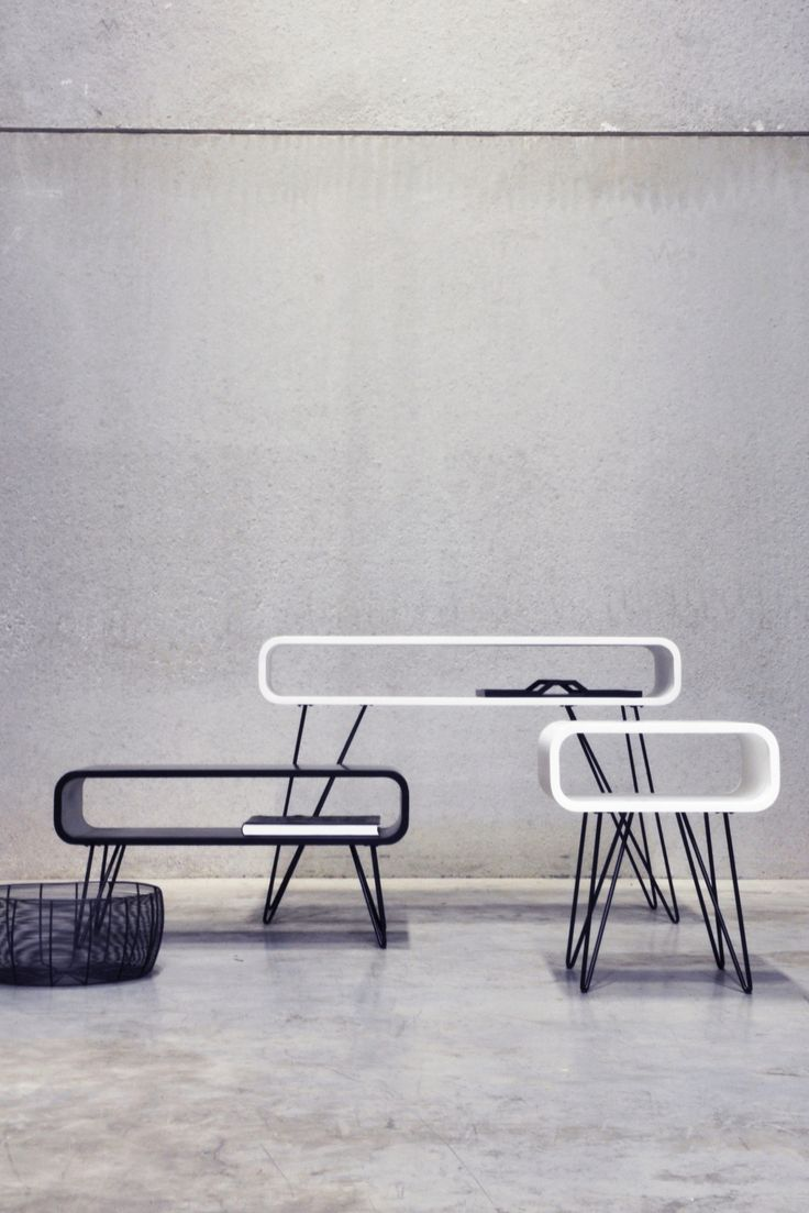 Metro table by XLBoom