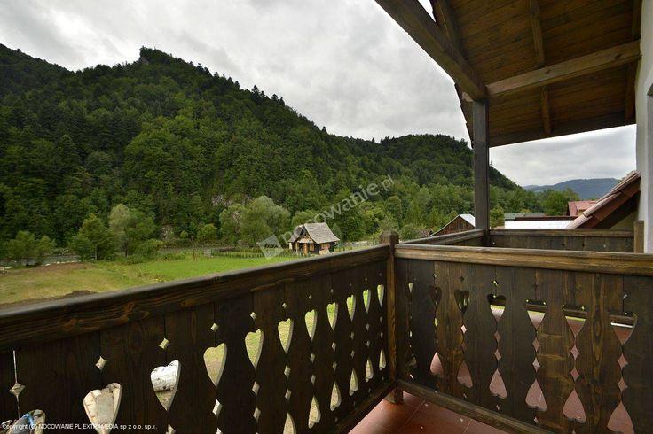 Kwatery przy Dunajcu znajdują się w pięknej i malowniczej okolicy. Szczegóły oferty: http://www.nocowanie.pl/noclegi/szczawnica/kwatery_i_pokoje/136006/ #mountains