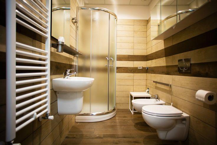 Dettaglio di un bagno in camera presso lo studentato di Pescara.
