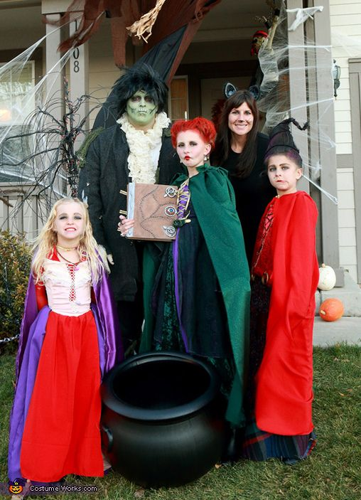 Hocus Pocus Sanderson Sisters - Family Costume Idea