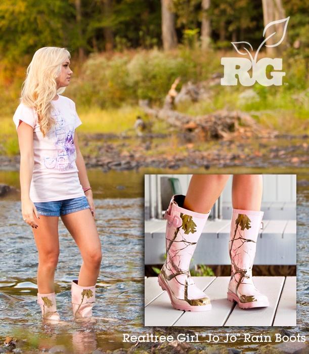 Realtree Girl Pink Camo Jo-Jo Rain Boots......so cute! Ill be buying these very soon