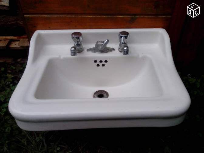 les 25 meilleures id es de la cat gorie lavabo ancien sur pinterest salles de bains anciennes. Black Bedroom Furniture Sets. Home Design Ideas