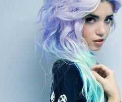 I'd literally kill for her hair ;-; I don't have the balls to do it :b