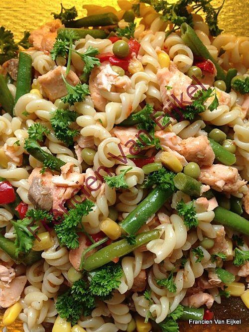 Fresh salmon pasta salad recipe