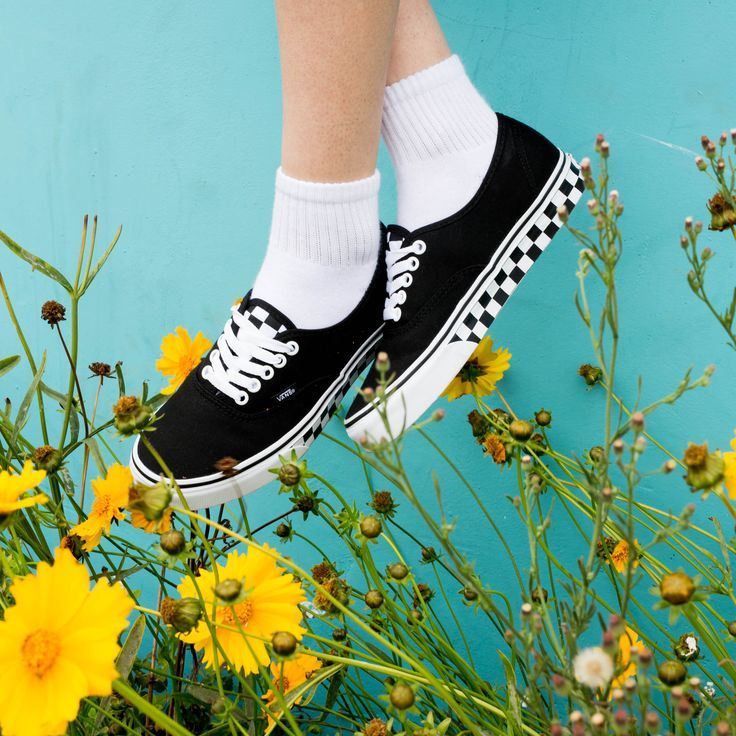 Fresh as a daisy in the Checker Tape Authentic.   Photo of @linabugz by @Juliannastrid