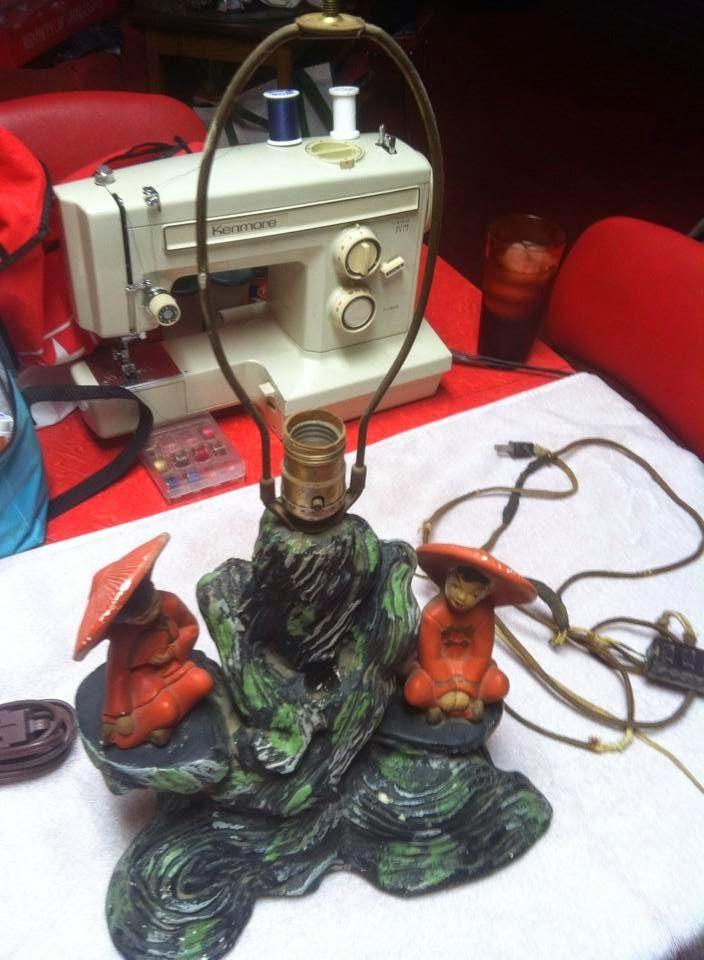 oriental  chalk ware lamp, Silvestri Brothers, 1955,   venetian blind shade, AKA TV lamp. found on Google from egtmicks.blogspot.com