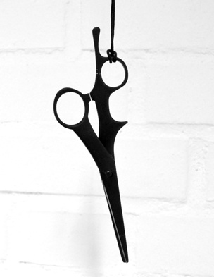 Ergonomic hair dresser scissor