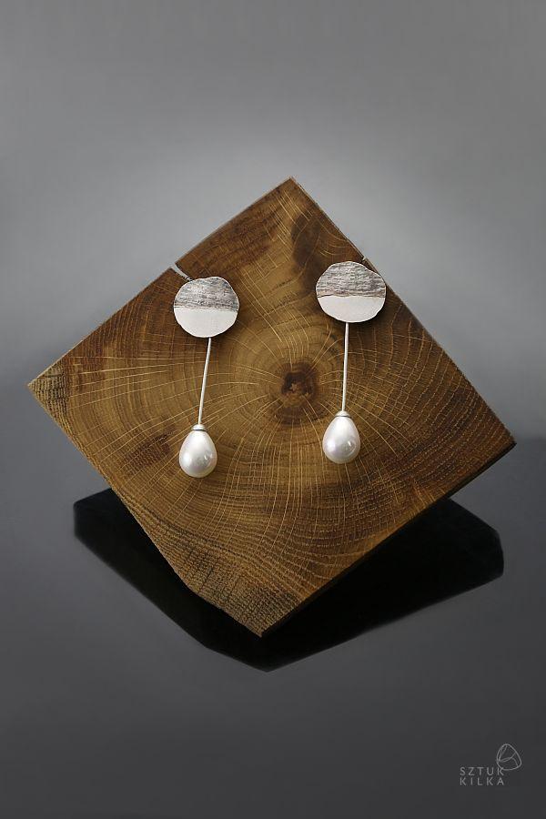 Sunrise drops - silver earrings with pearls   Poranne krople - srebrne kolczyki z perlami   Sztuk Kilka