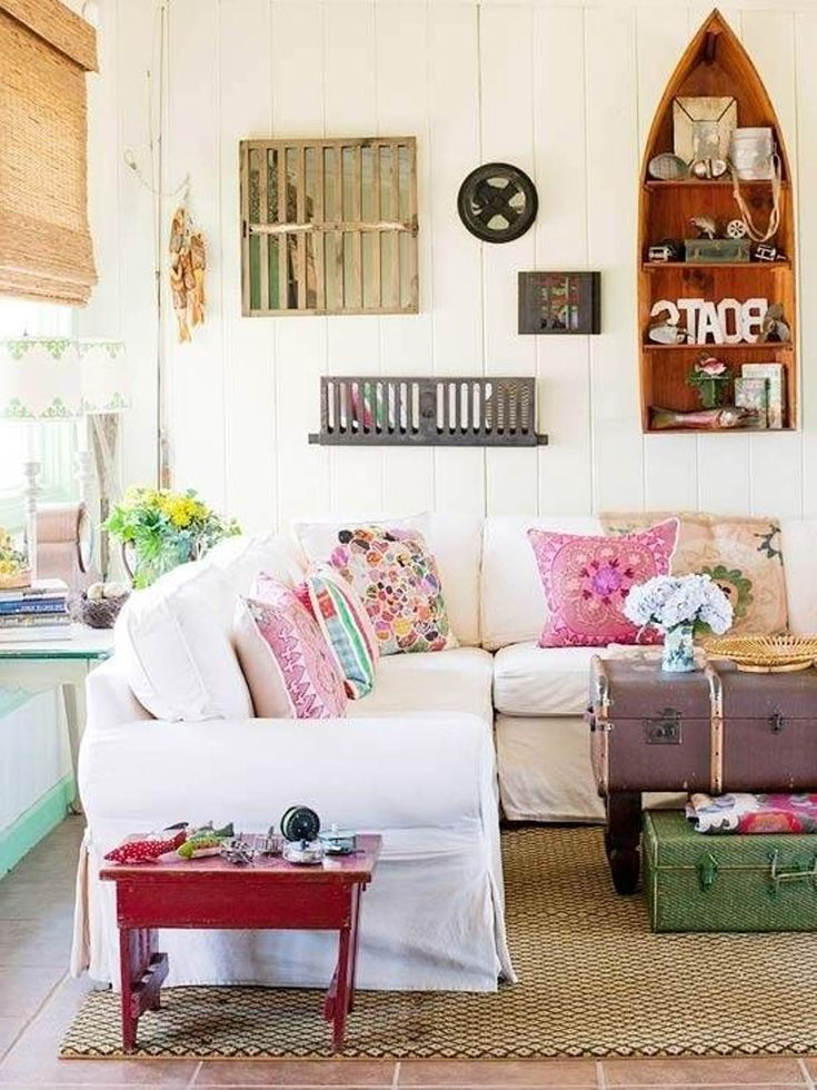 17 best ideas about beach cottage bedrooms on pinterest for Beach decor ideas living room