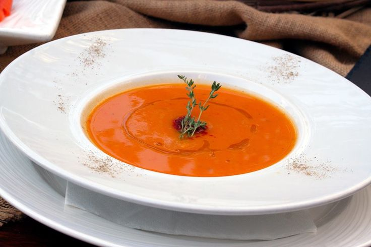 Sweet potatoes soup with fresh thyme flavored with sweet paprika. Paparouna Wine Restaurant & Cocktail Bar | Cooking on a Saturday!!!