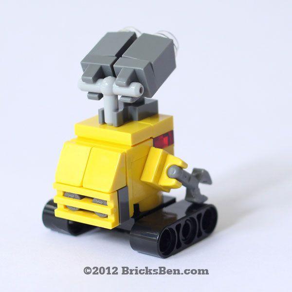 Custom LEGO WALLE by BricksBen on Etsy, $30.00
