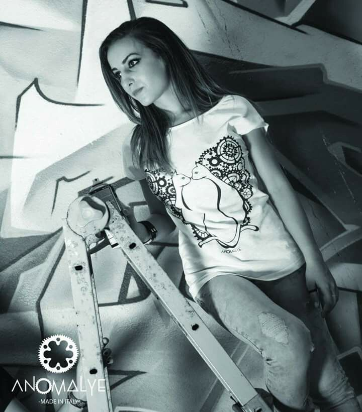 t-shirt and drawing  By Anomalye