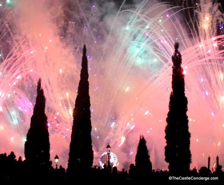 Epcot's fireworks during IllumiNations show light up the sky every night at WDW. Do your kids like to watch?